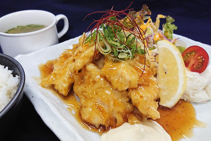 阿波尾鶏チキン南蛮定食